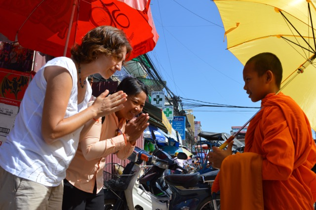 Isa y Dani en Camboya