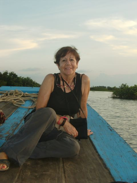 Teresa en su viaje a Camboya