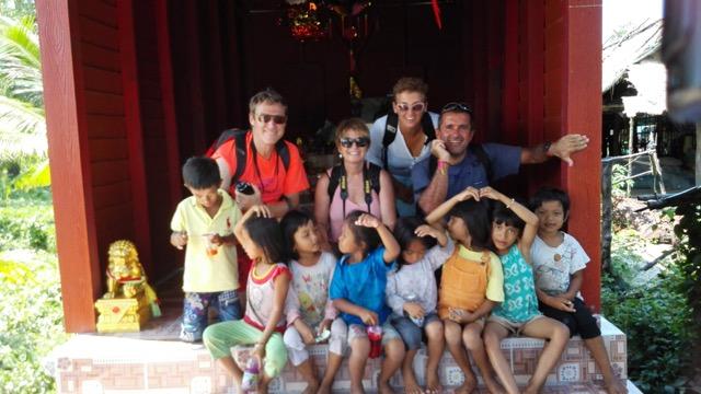 David, Nuria, Quim y Carme en su viaje a Camboya