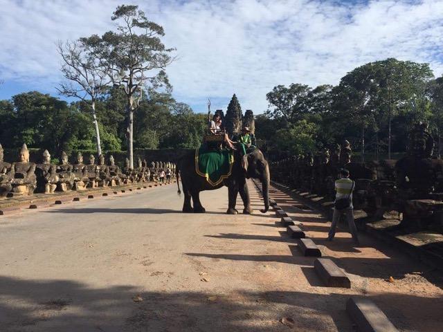 Virginia y Cesar en Camboya