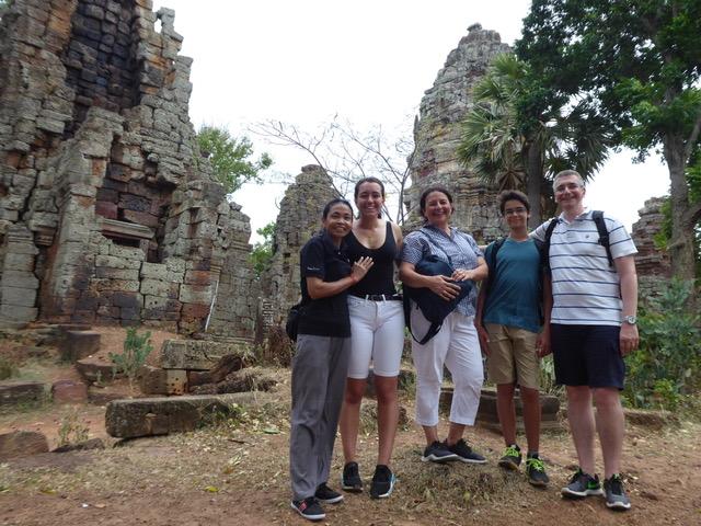 Roby y su familia, un viaje exclusivo en Camboya