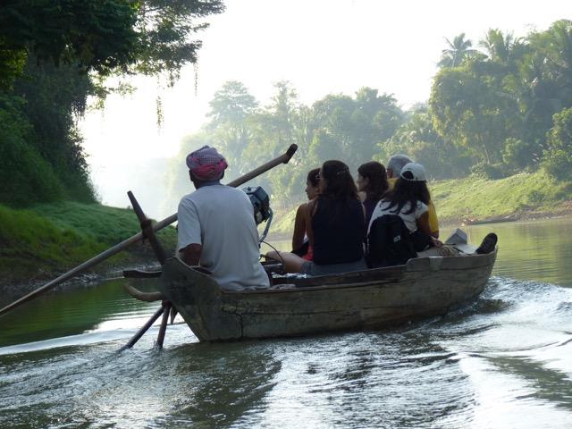 Viaje de Ana y su grupo en Camboya
