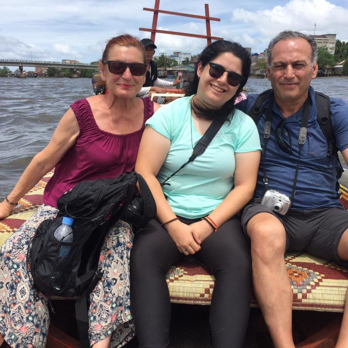 Angel, Carmen y Paula, su viaje a Camboya