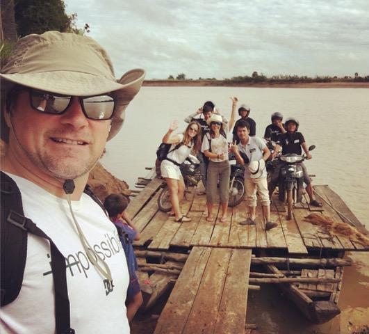 Dunia, alicia y German en Camboya