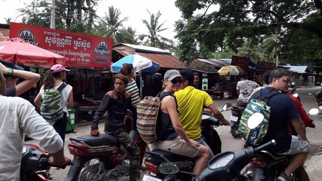 Eva y Rafa conocieron Camboya