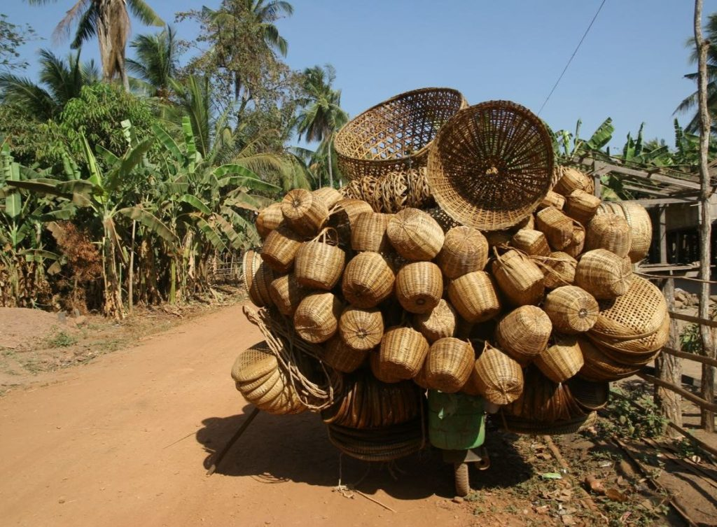 Imagen de cestas en un viaje a Camboya en grupo