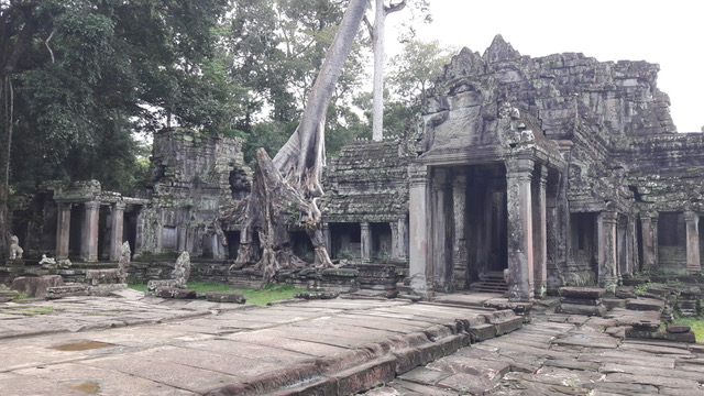 Marisa y Miguel en Camboya