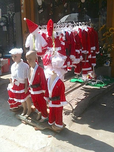 llega la navidad a Camboya
