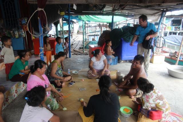Carmen y Eugenio en Camboya