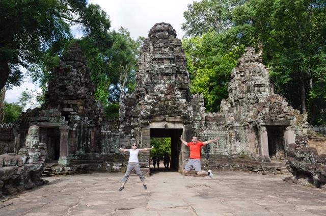 Juan Antonio y Ana en Camboya