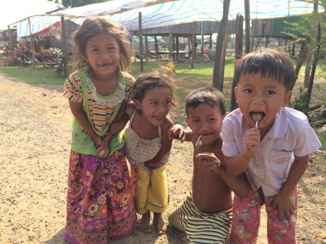 Viaje a Camboya de Gloria, Carlos y Ferran