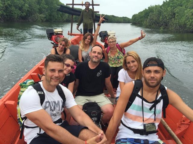 viajeros en Camboya