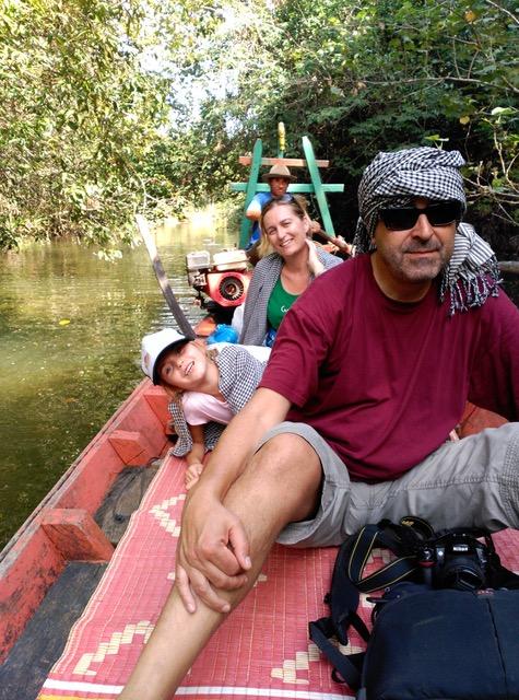 Ingrid, Jose y Anna en Camboya