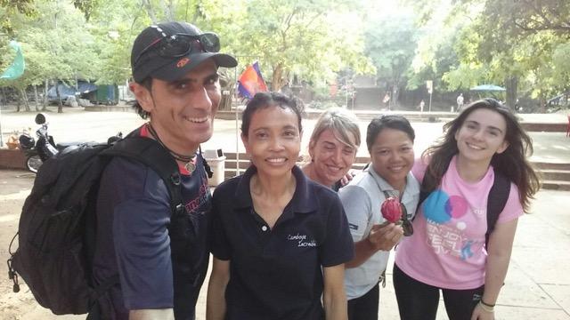 Jon, Miryam y Mirane en Camboya