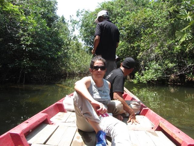 Paquita y M Jose en Camboya