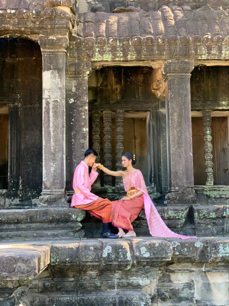 Novios en Camboya