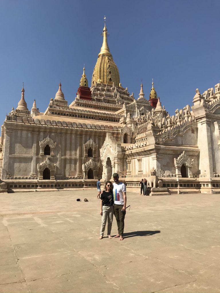 Templos de Bagan, Camboya y Birmana espectacular