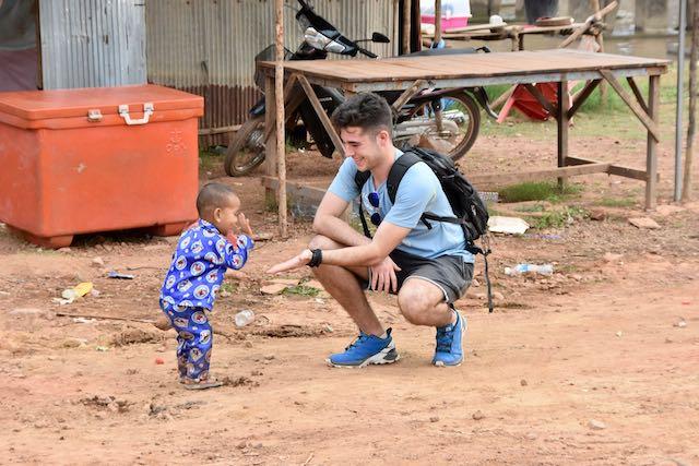 Con un niño