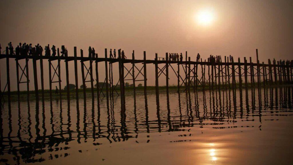 Puente U bien, Birmania