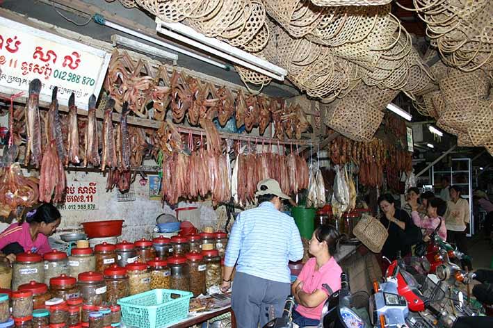viajes sostenibles en Camboya, Mercado Local