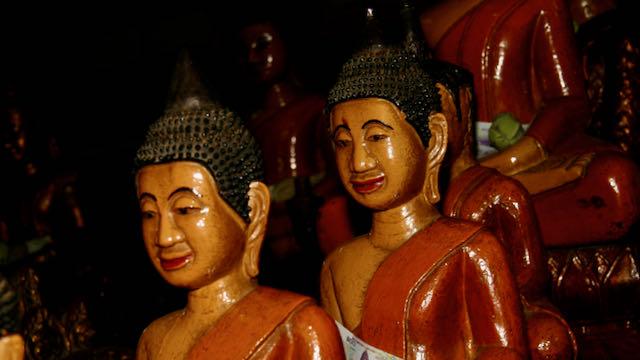 Figuras de buda en Camboya
